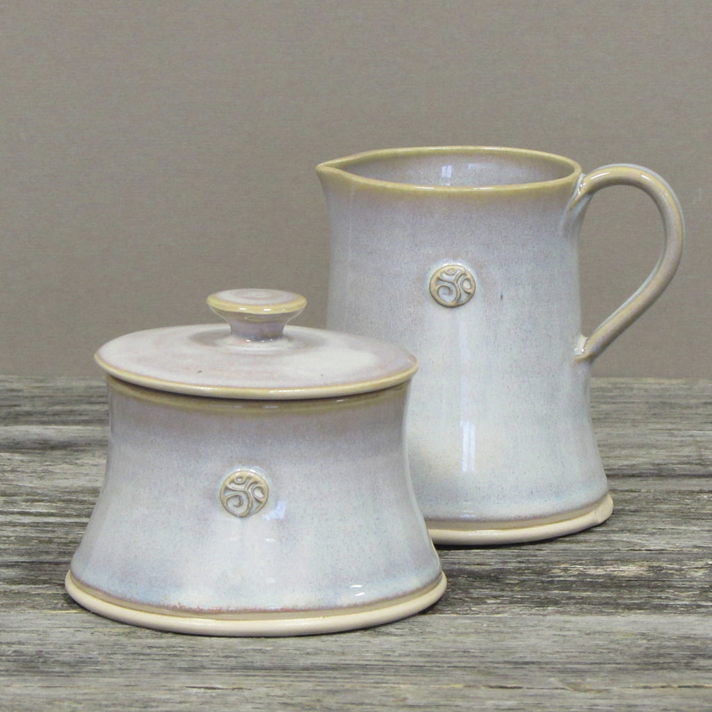 Handmade Bán (White) Creamer and Sugar Bowl with Lid by Castle Arch Pottery Ireland
