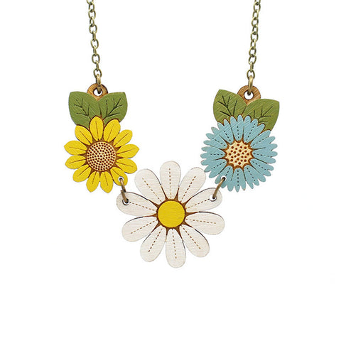 Daisy wild flowers necklace