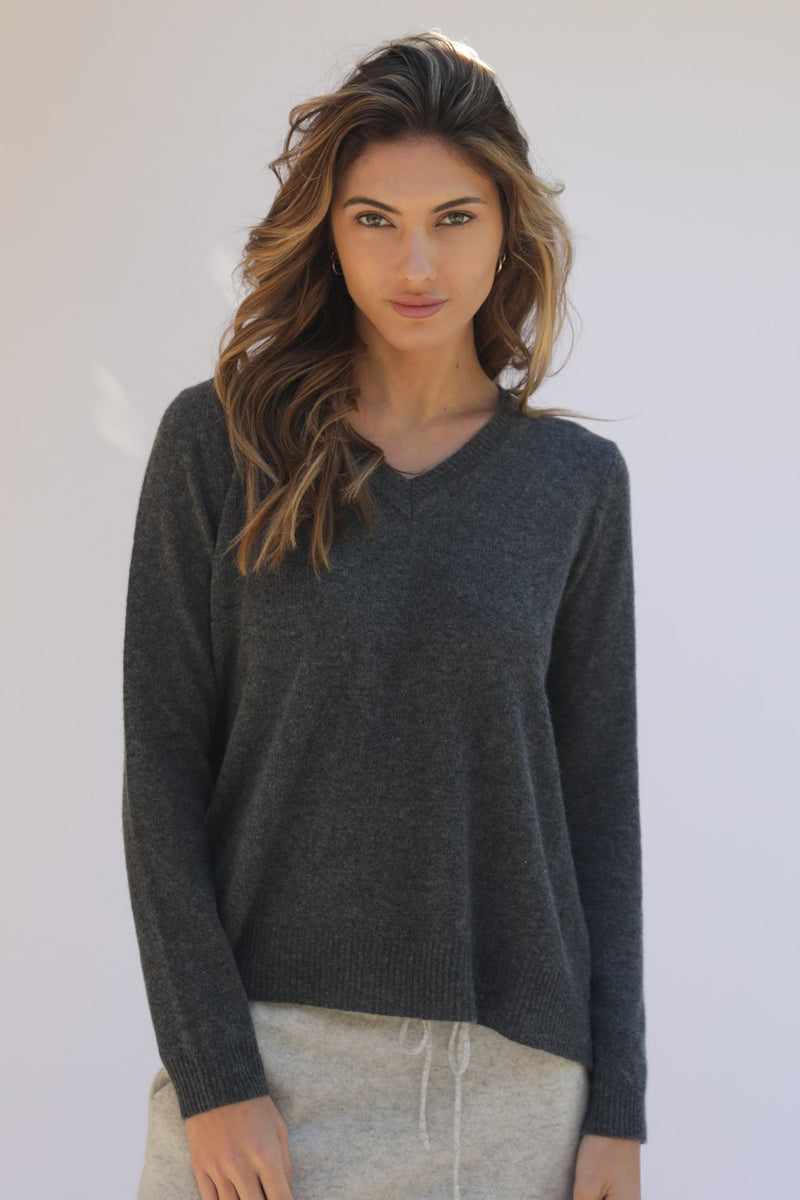 KENDRA TOO V-NECK CASHMERE SWEATER - CHARCOAL