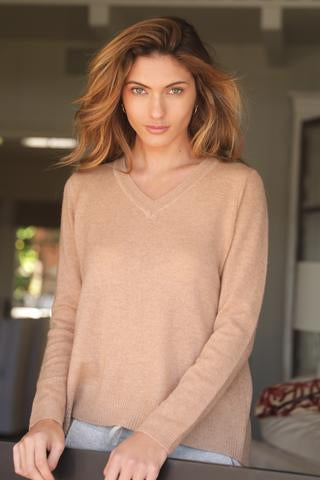KENDRA TOO V-NECK CASHMERE SWEATER - LIGHT CAMEL