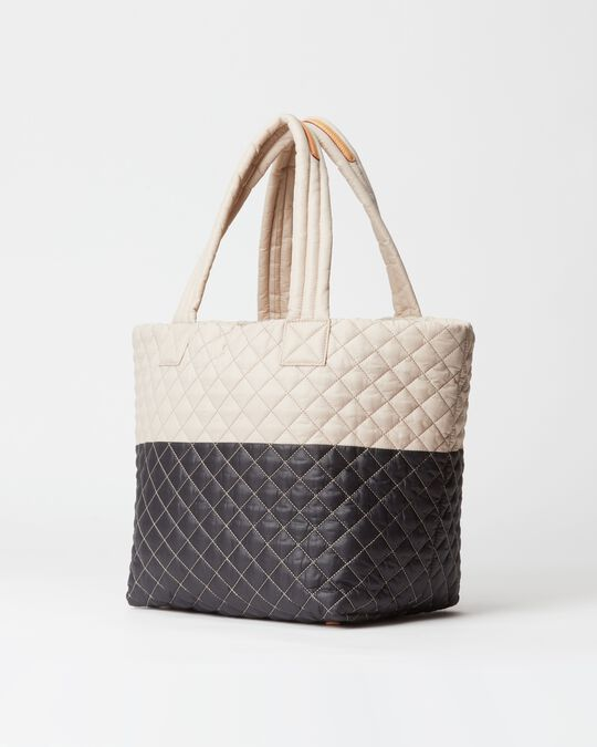 MEDIUM METRO TOTE in Mushroom/Black Colorblock