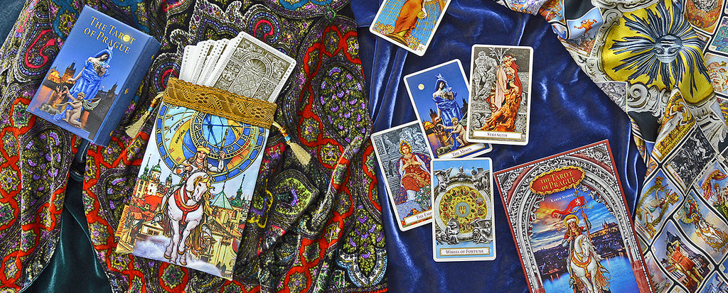 tarot of prague, bohemian tarot, tarot cards, baba studio, magic prague, old town, astronomical clock, mala strana, mucha