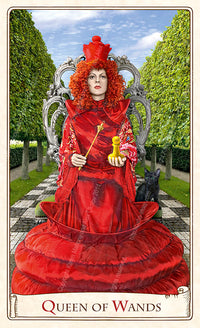 The Red Queen, chess, Alice Tarot, Looking Glass, Alice's adventures in Wonderland, Queen of Wands