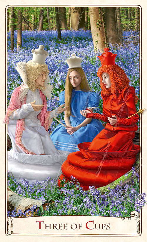 Queen Alice, The Alice Tarot, The Red Queen, The White Queen, Wonderland tarot cards, tarot deck
