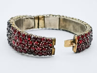 19th century bohemian garnet bracelet showing clasp