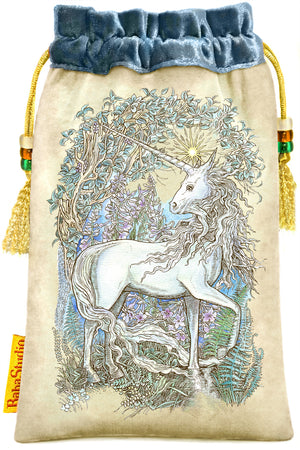 The Star - Mythical Creatures Tarot. Unicorn tarot bag by Baba Studio