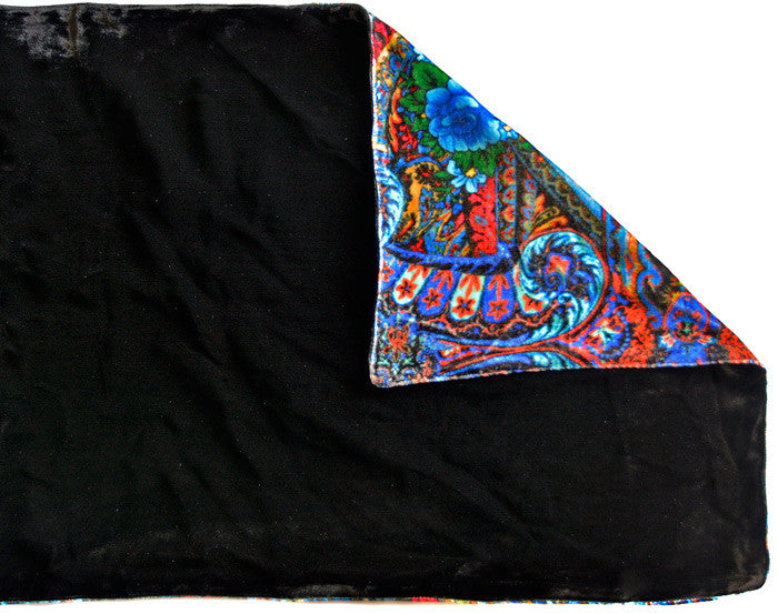 Blue Roses at the Circus, silk velvet scarf. BLACK back. - Baba Store - 4
