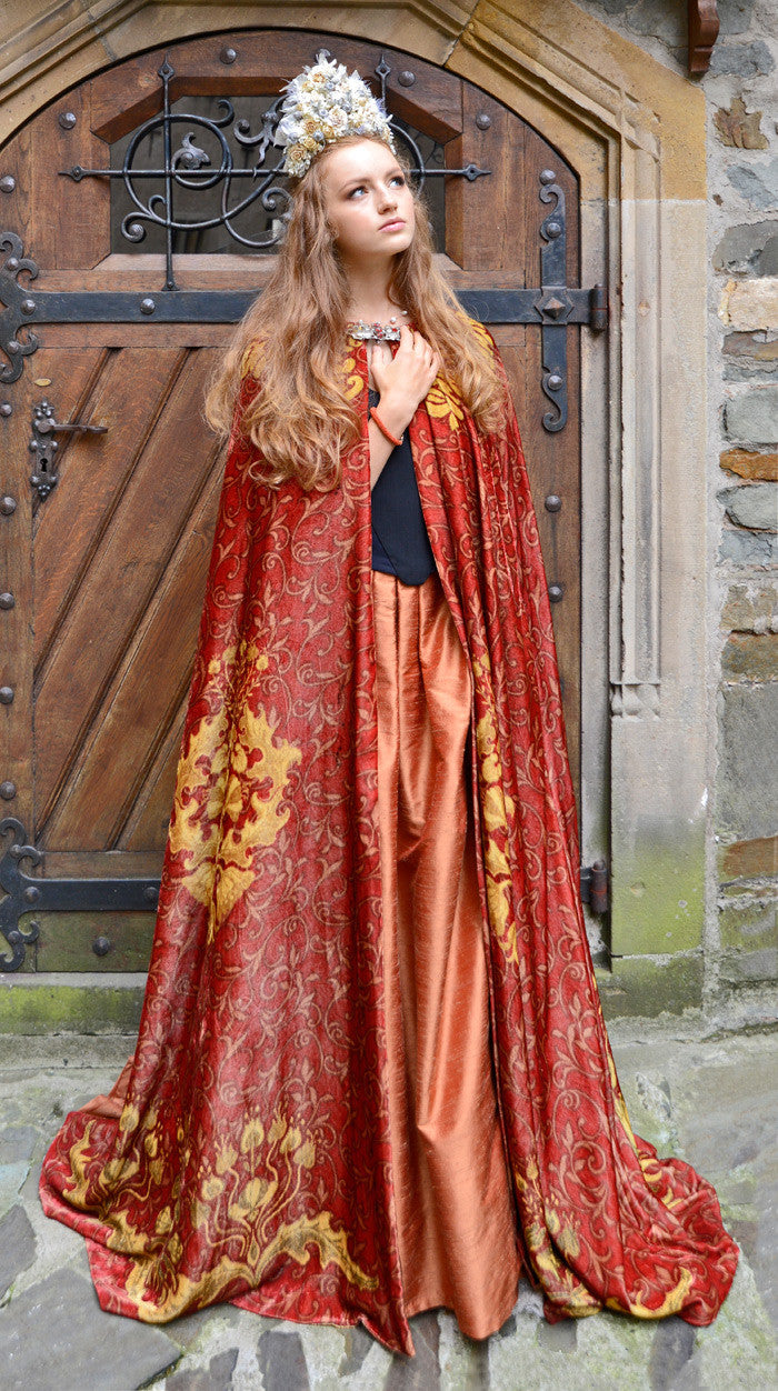 The Bohemian cloak. Art Nouveau patterns with optional Bohemian Lion on the back. Special order only. - Baba Store - 4
