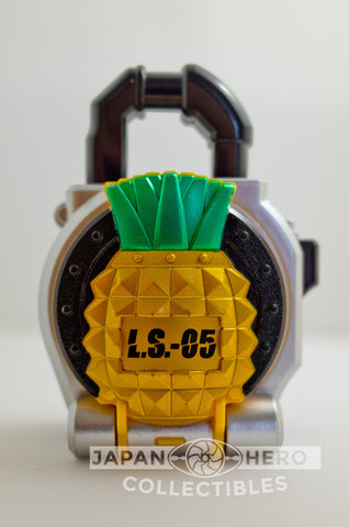 Kamen Rider Gaim Lockseed LS-05 Pine Pineapple (Candy)