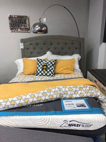 Jerary Upholstered Queen Bed