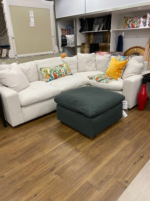Savesto Sectional