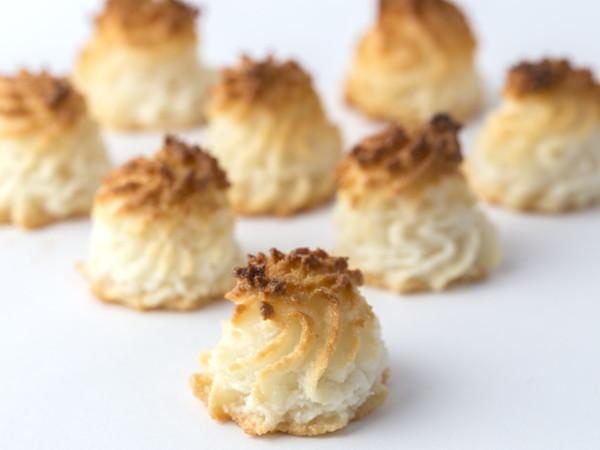 Coconut Macaroon (Nationwide Shipping)