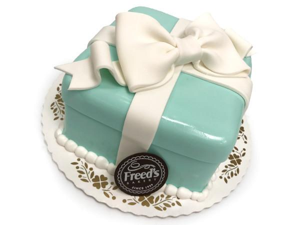 Jewelry Box Cake Decorating Class Event Freed's Bakery