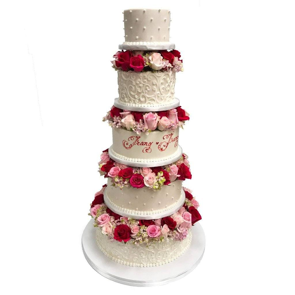 Towers of Flowers Wedding Cake Freed's Bakery