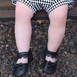 Scalloped Janes