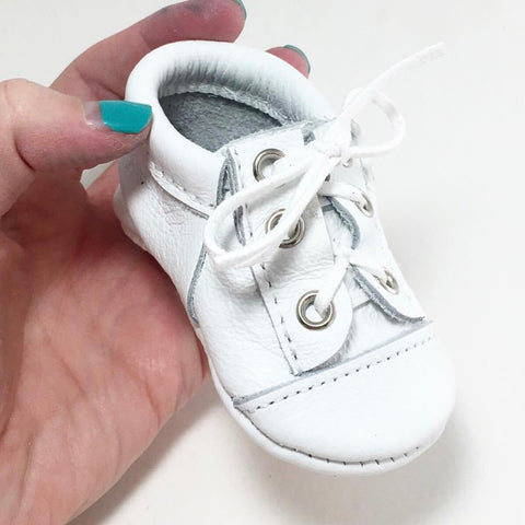 shoes, sneakers, converse, moccasins, leather, handmade, soft sole, hard sole, girl, boy, moccs