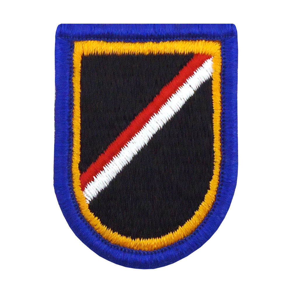 18th Cavalry, 1st Squadron, Troop E Beret Flash