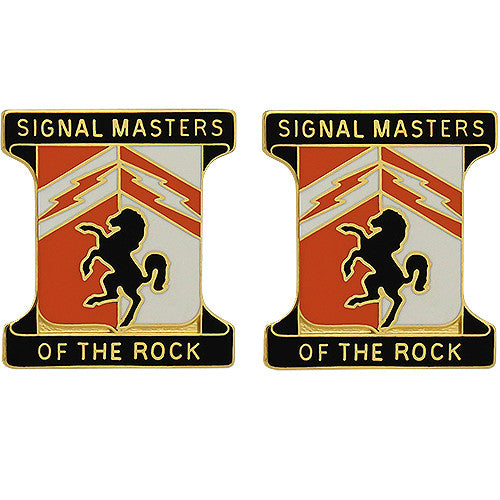 114th Signal Battalion Unit Crest (Signal Masters of the Rock)