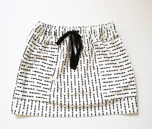Velvet monochrome skirt