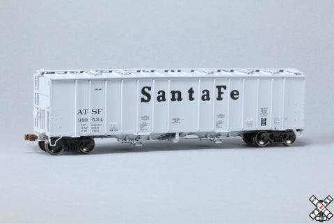 HO GATC 4180cf Airslide® Covered Hopper, Santa Fe/Billboard