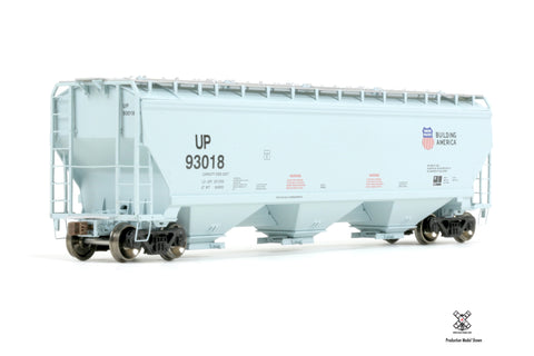 Operator HO Scale Gunderson 5188cf Covered Hopper by ScaleTrains.com