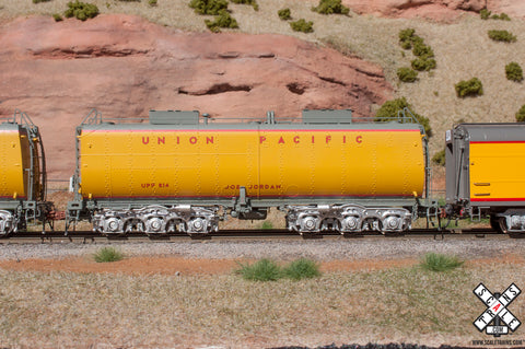 Rivet Counter HO Scale Union Pacific Steam Excursion Post-2006 Water Tender, UP/Joe Jordan/#814 by ScaleTrains.com