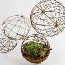 Hanging Wire Balls Set