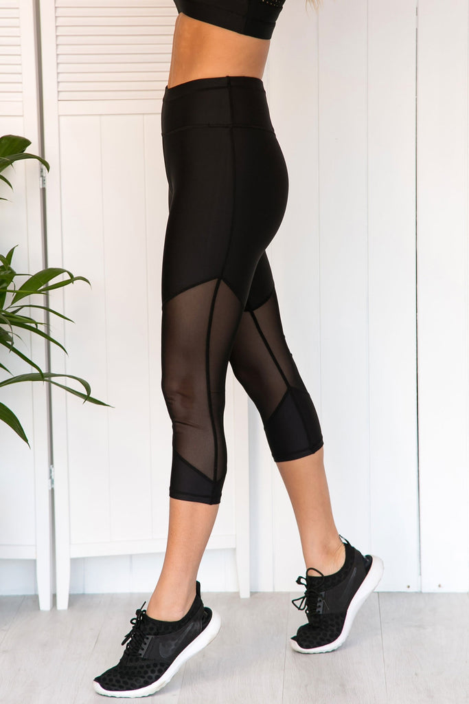 Beyond Bliss 3/4 Leggings - PURE DASH