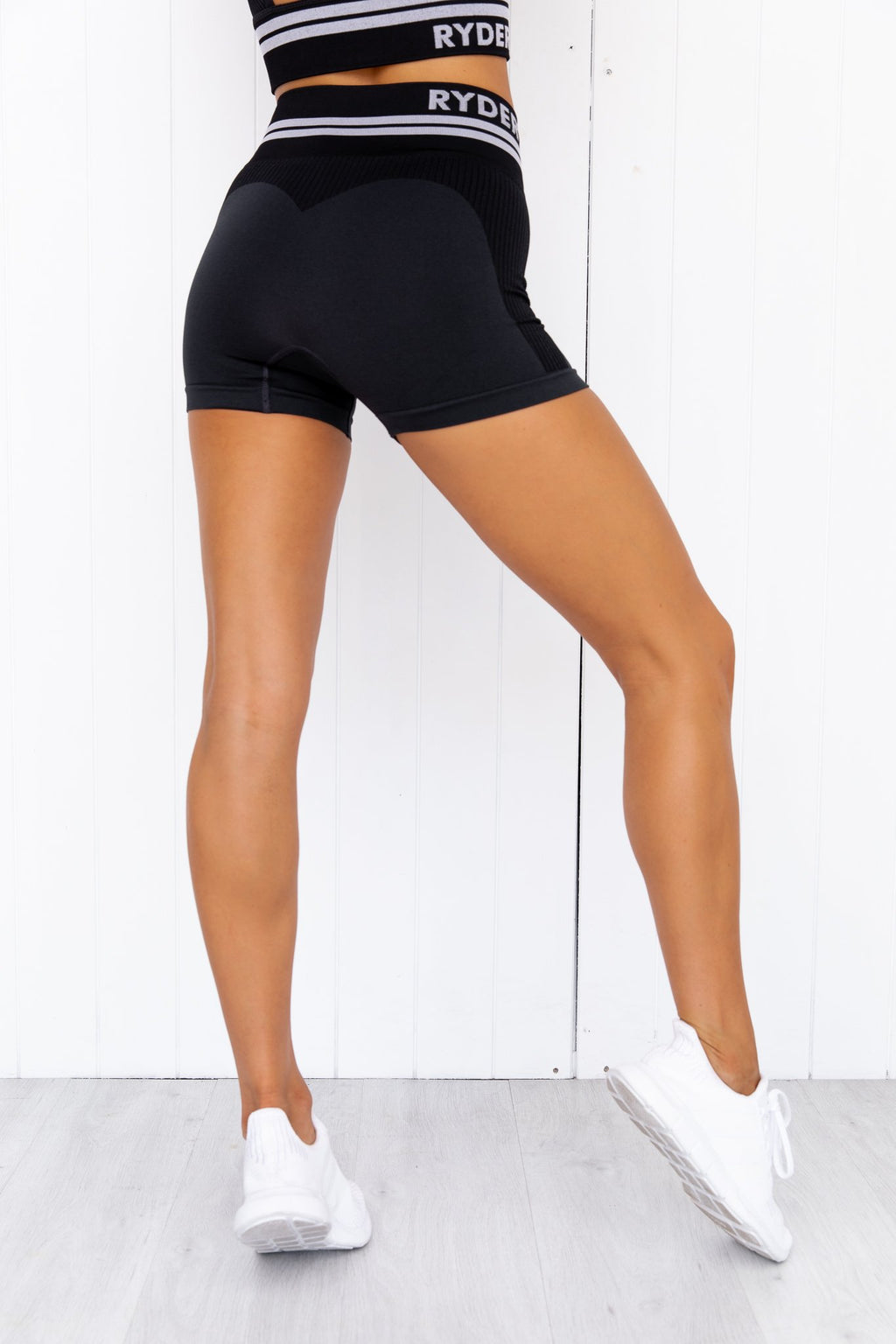 Freestyle Seamless High Waisted Shorts - Black - PURE DASH