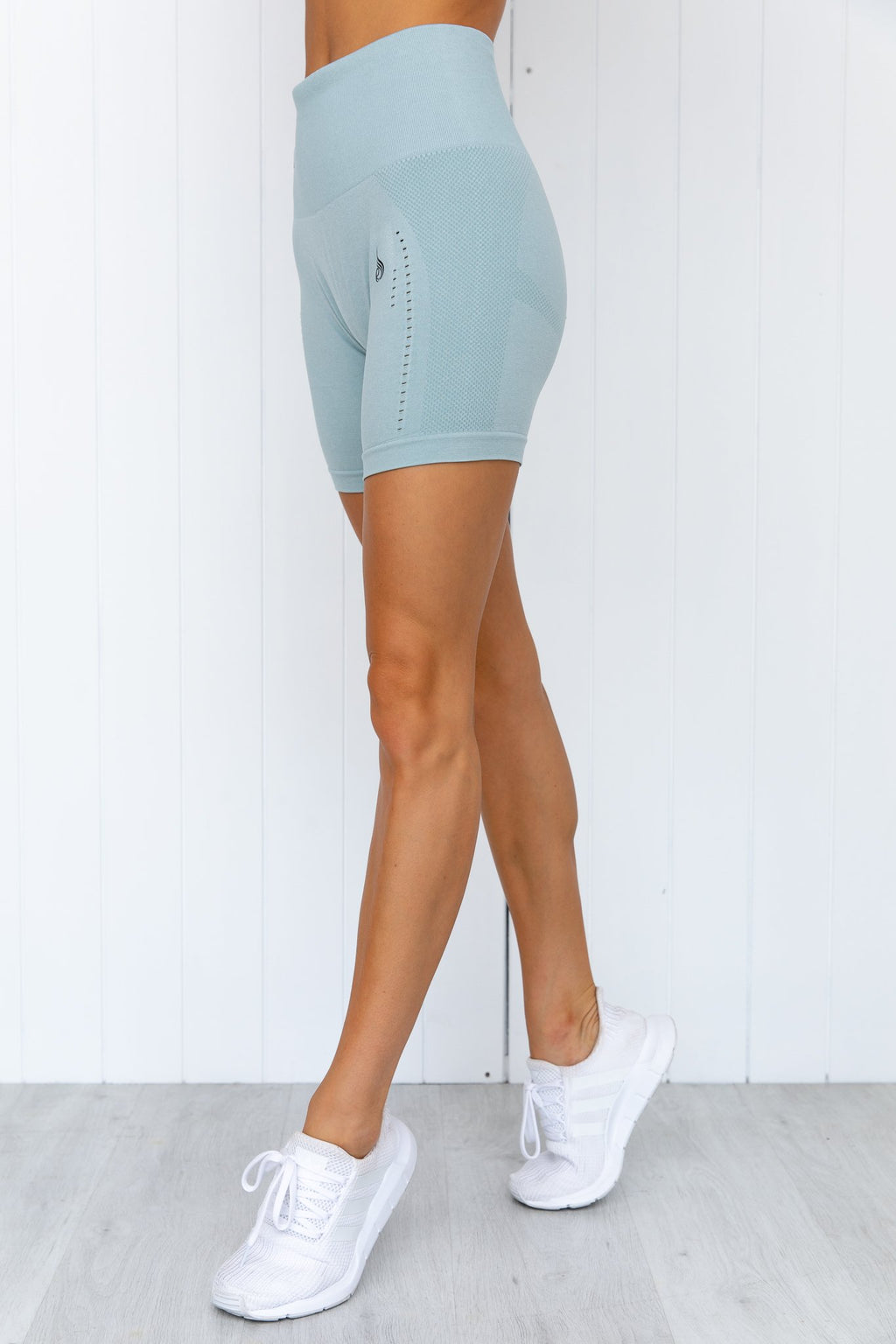 Seamless Staples Shorts - Seafoam Marl