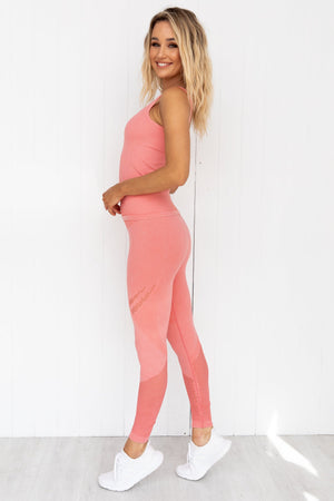 Bubblegum Washed Ribbed Seamless Singlet