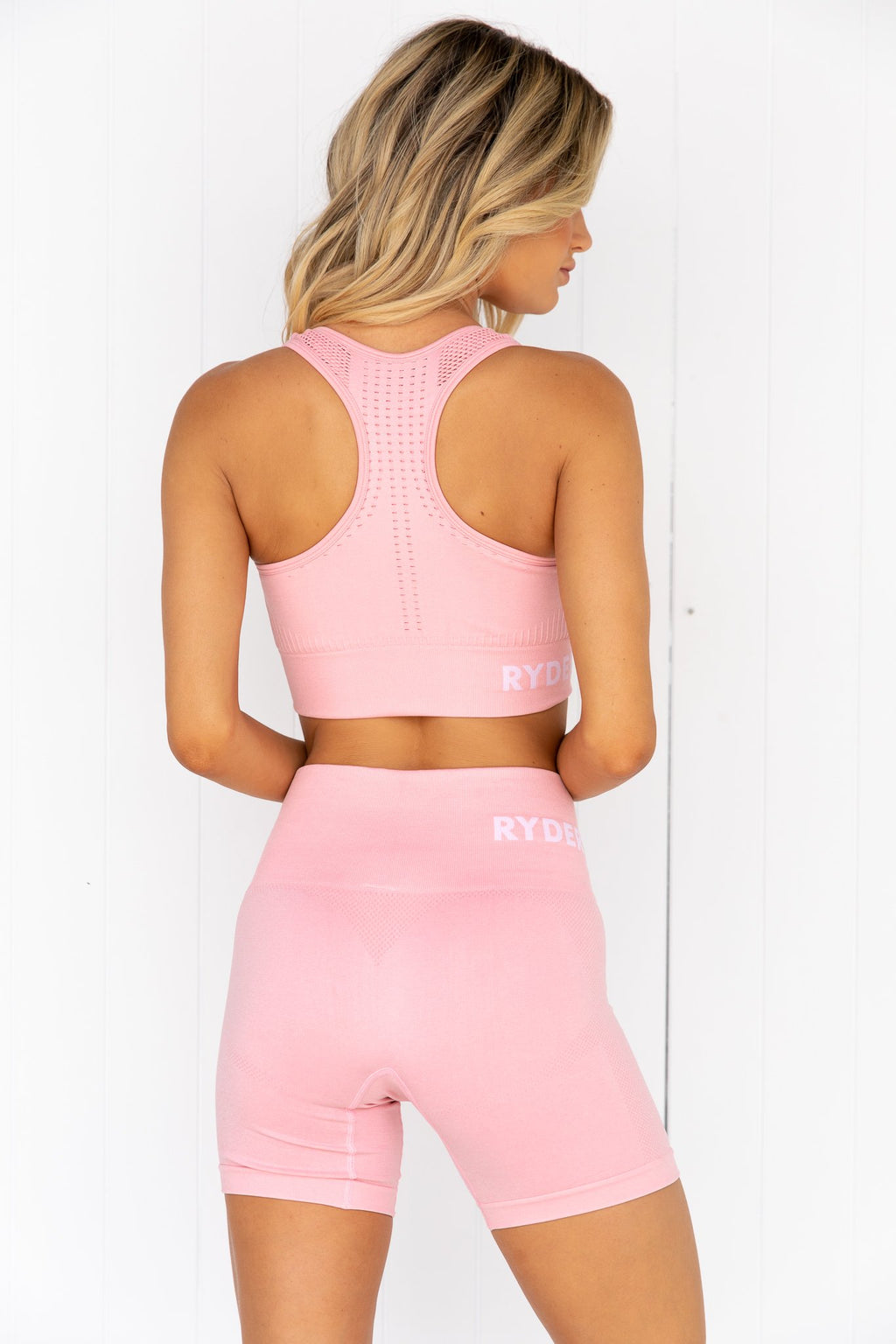 Seamless Staples Sports Bra - Baby Pink Marl