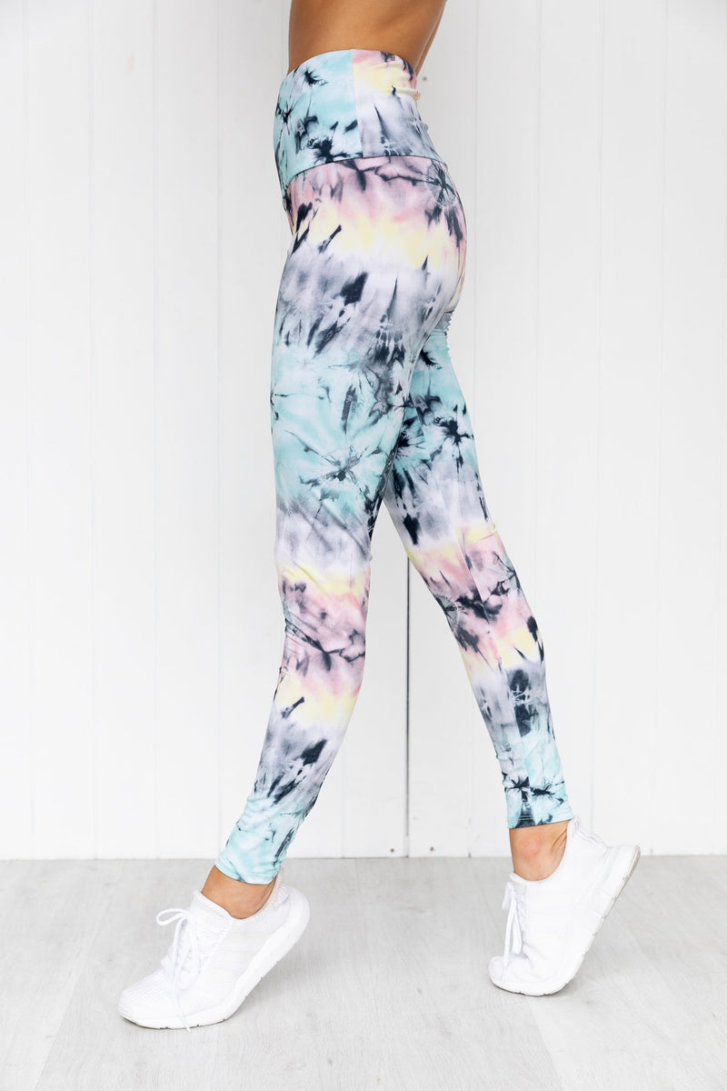 High Rise Graphic Legging - Dazed