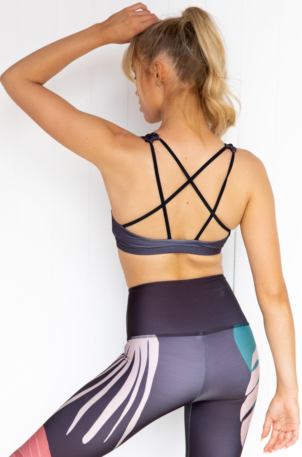Graphic Mudra Bra - Midnight palm