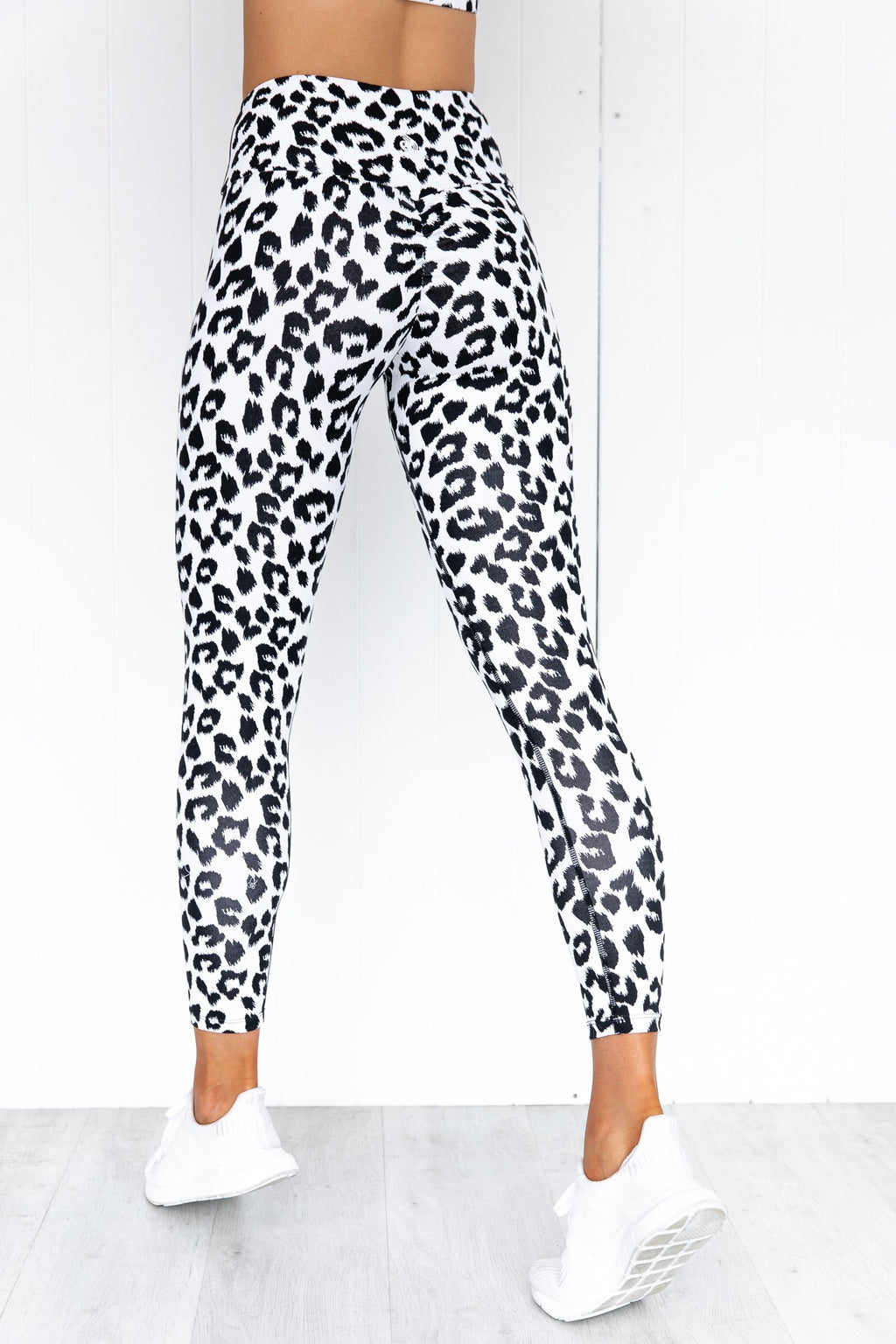 Instincts Scrunch Bum Leggings - Snow Leopard
