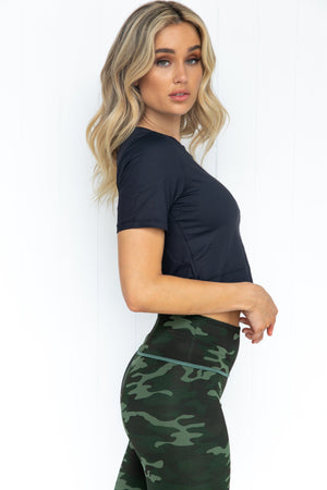 Stay Focus Crop Top - Black
