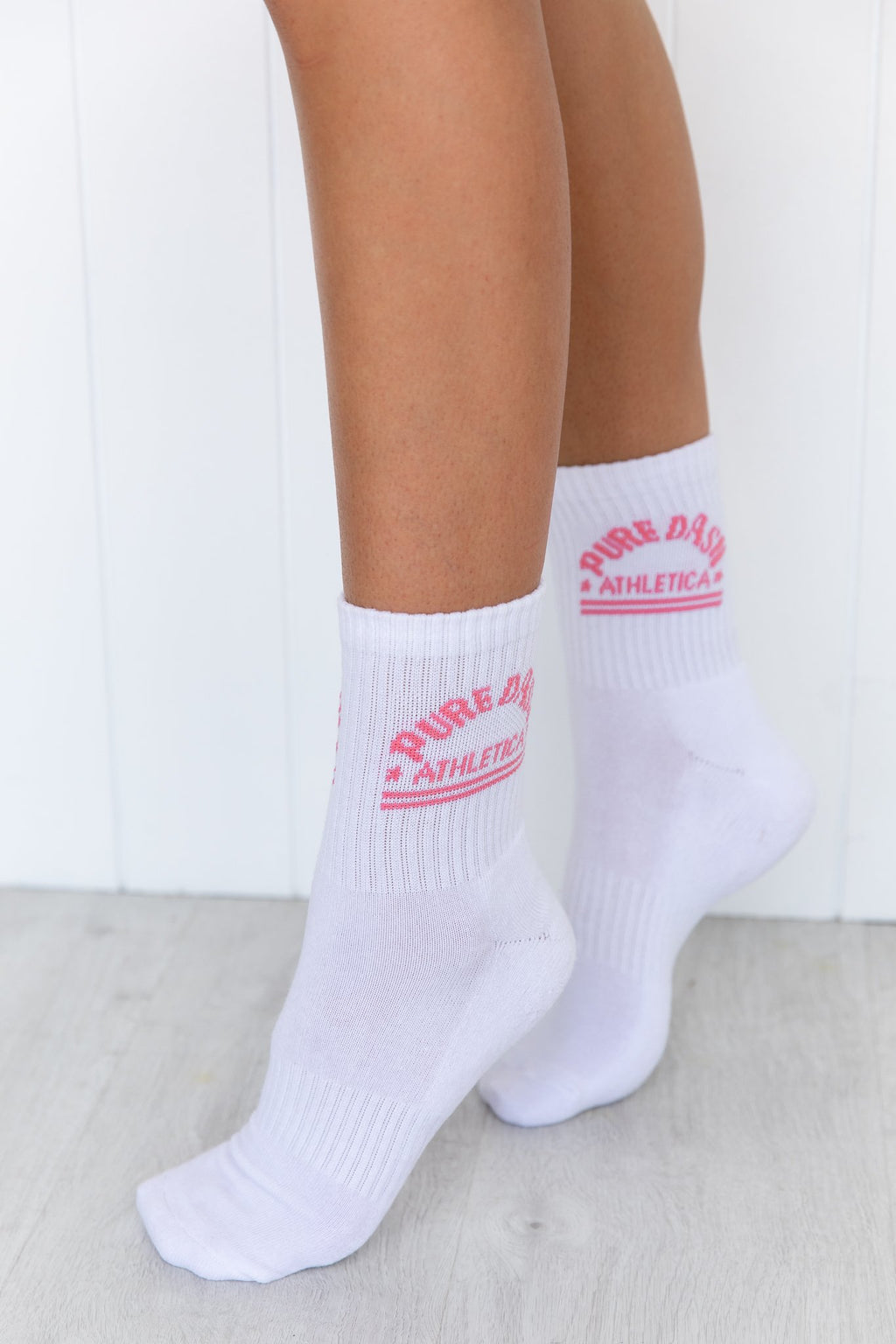 Pure Dash Crew Socks - Pink/White