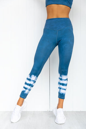Drift Away 7/8 Legging - Sky - PURE DASH