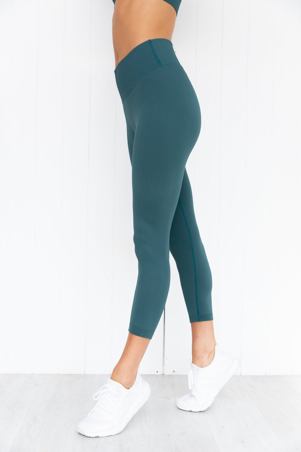 Hydro Ribbed Seamless 7/8 Tights