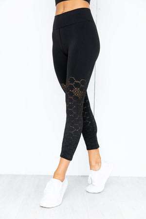 Universal Seamless 3/4 Legging - Black