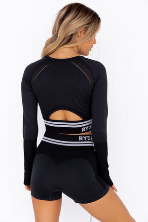 Freestyle Seamless Long Sleeve Crop - Black - PURE DASH