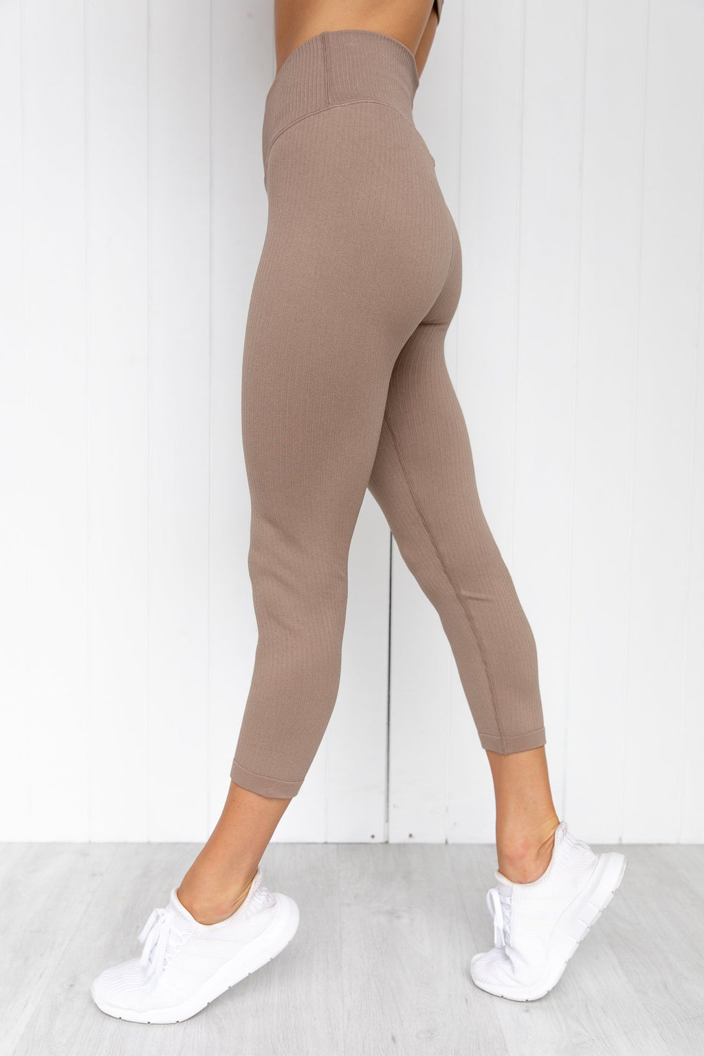Espresso Ribbed Seamless 7/8 Tights - PURE DASH