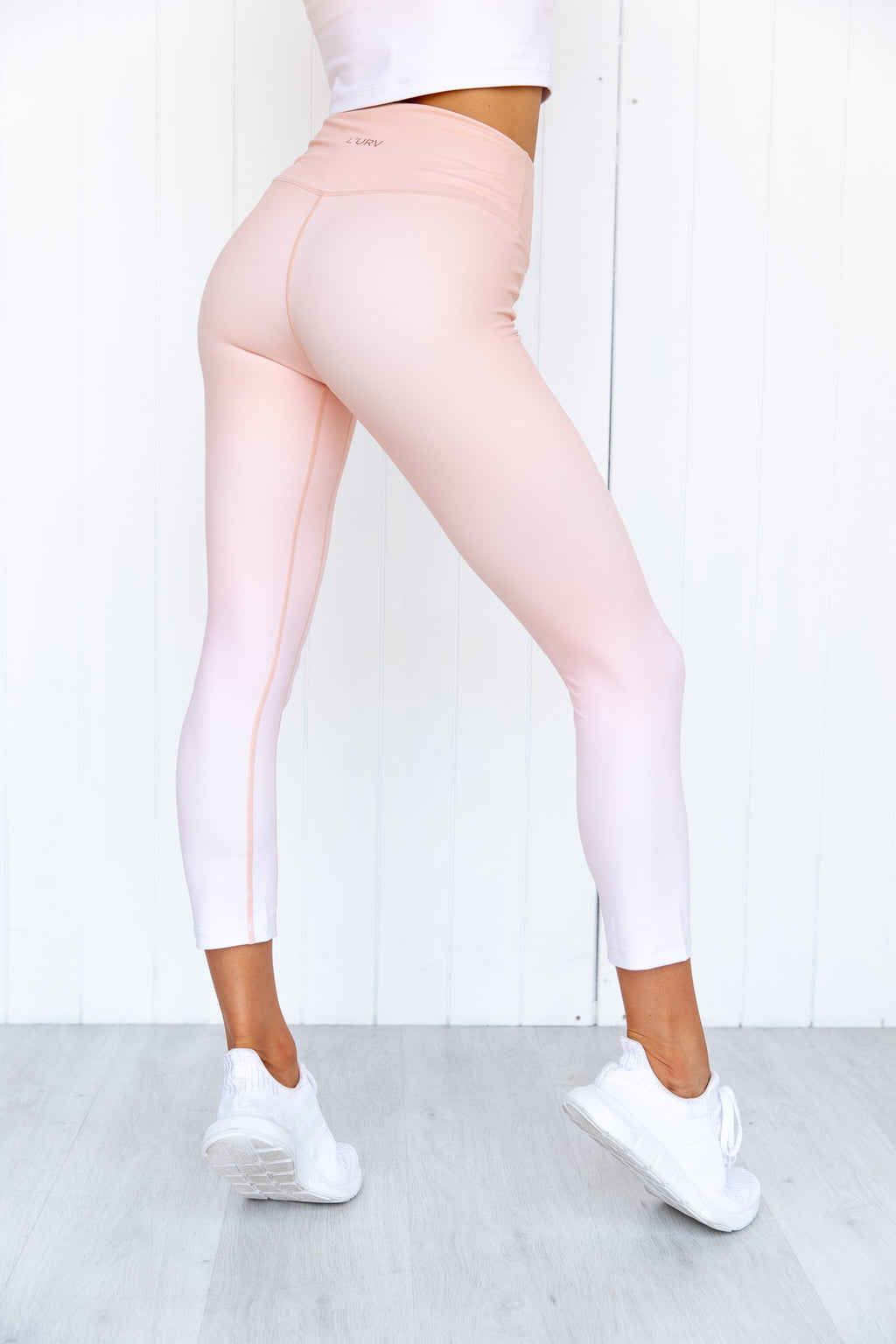 Hidden Valley 3/4 Legging - PURE DASH