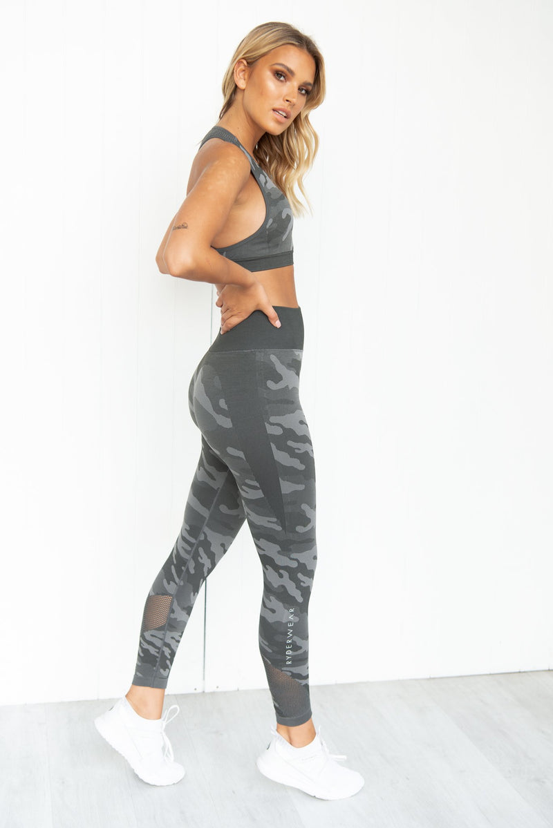 Seamless Bra - Charcoal Camo - PURE DASH