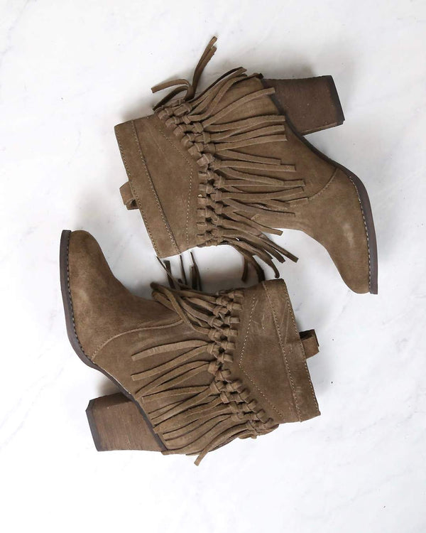 Season for Boots & Booties | Shophearts