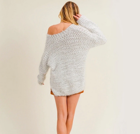Almost Famous Popcorn Yarn Fuzzy Two Tone Sweater - Grey/White