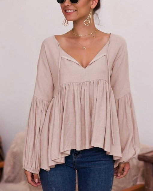 Bohemian Balloon Long Sleeve Relaxed Top in Taupe