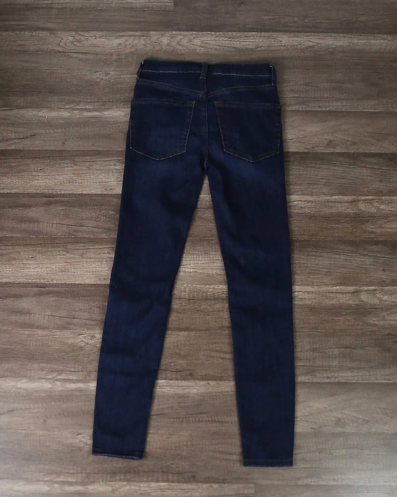 Free People - Busted High Rise Distressed Skinny Jeans in Dark Blue Wash