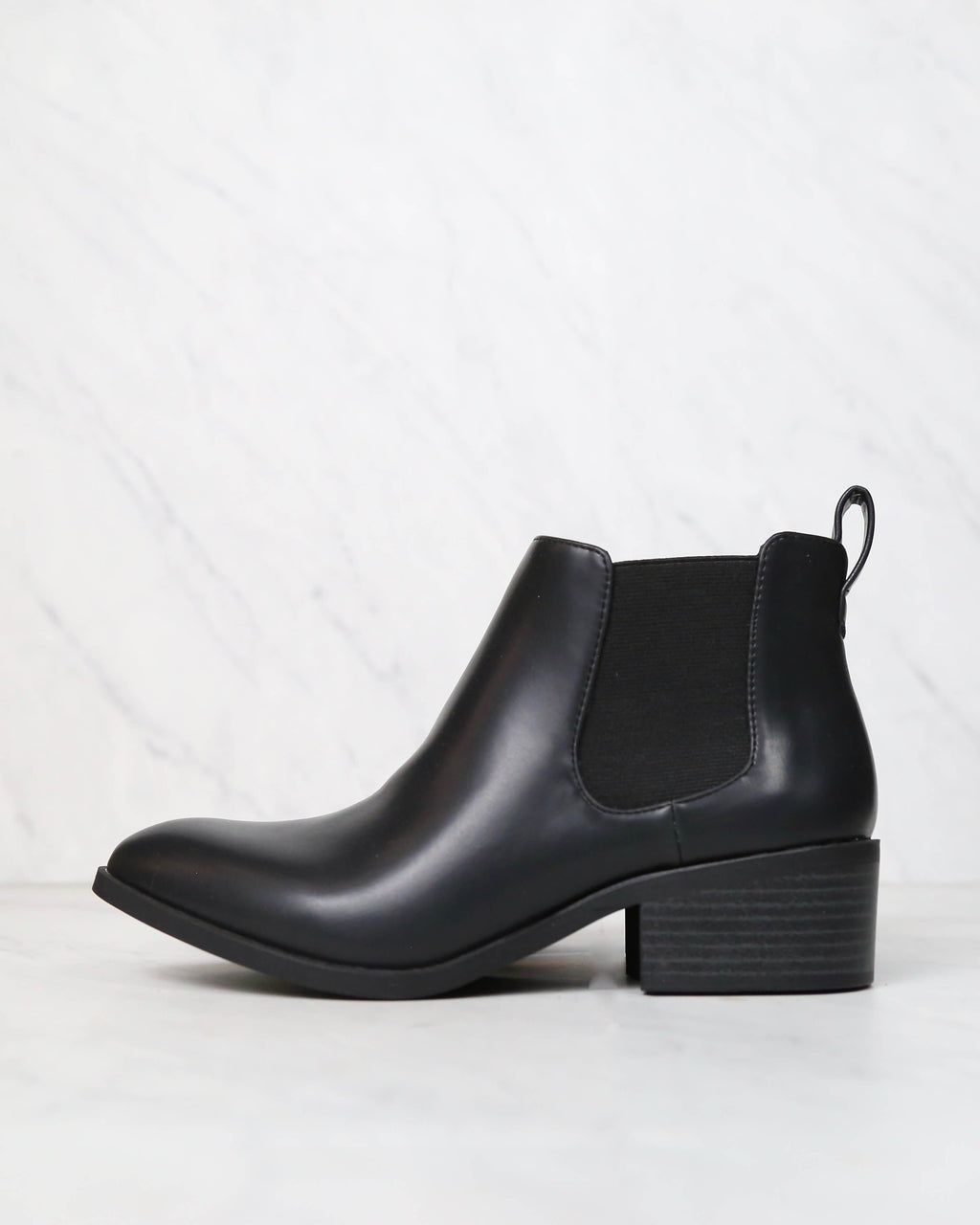 BC Footwear - Partner Modern Chelsea Ankle Boots in Black