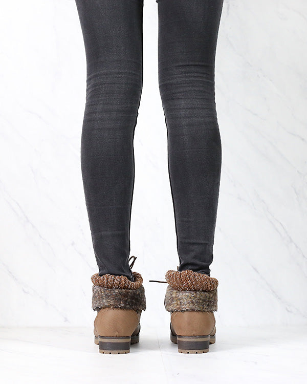 Cozy Women's Sweater Cuff Booties in Taupe